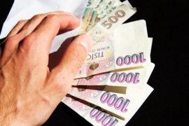 Půjčka je určena třeba i pro důchodce (kteří mají pravidelný příjem ve formě invalidního nebo starobního důchodu).