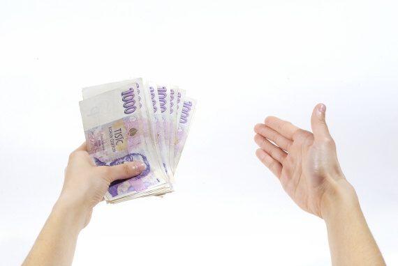 Tato nebankovní půjčka je k dispozici 7 dní v týdnu. Můžete si tedy ihned požádat o peníze - i v sobotu a v neděli.