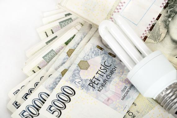 U každého úvěru VitaCredit máte doporučenou výši, kterou si můžete sjednat. Zajímavý je například úvěr na částku 500 000 Kč s úrokem 9,9 % p.a. Půjčky se poskytují již od částky 50 000 Kč a jsou bezúčelové.